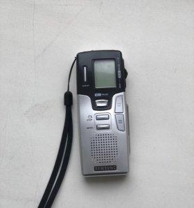 Диктофон Samsung