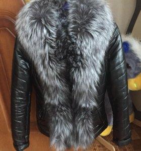 Продам курточку с мехом чернобурки