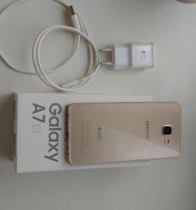 Продам Samsung Galaxy A7(16)