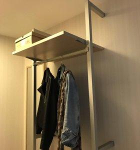 Вешалка для одежды в прихожую