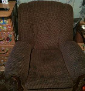 Кресло 2 за 300
