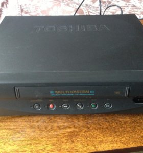 Видеомагнитофон vhs Toshiba
