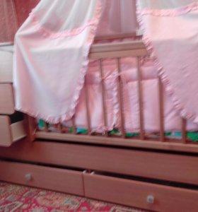 продам детскую кроватку-трансформер и коляску
