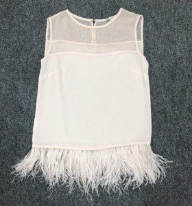 Блуза с перьями. Размер S.