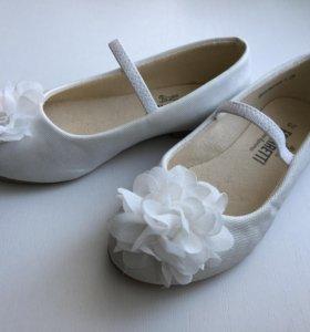 Туфли для девочки 28 размер