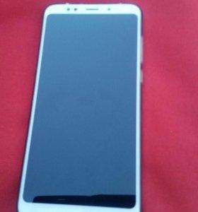 Xiaomi redmi 5 plus 3/32 + прозрачный и черный
