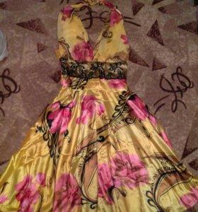 Очень красивое новое платье 46