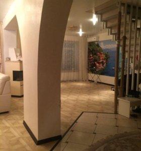 Квартира, 5 и более комнат, 225 м²