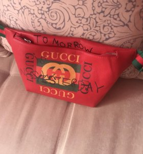 Бананка Gucci