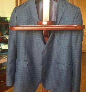 Пиджак мужской р-р 54-56 рост 180 см