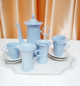 Тарелки, вазы, кофейный набор, креманки
