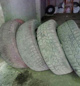 Продам зимние колеса R14
