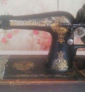 Продам ретро швейную машинку