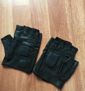 мужские перчатки кожаные