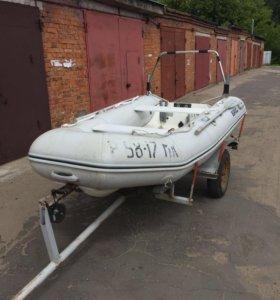 Продаю моторную лодку БРИГ Falcon 330