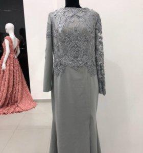 Платье длинное вечернее