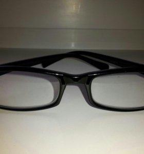 Очки с диоптриями +2
