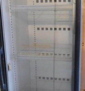 Вертикальная холодильная витрина б/у