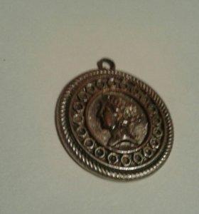Медальон из серебра