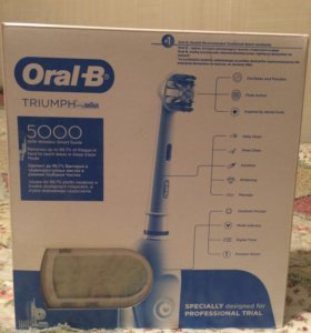 Новая зубная щетка oral-b triumph 5000