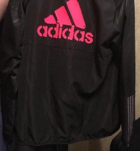 Новый Спортивный костюм Adidas.