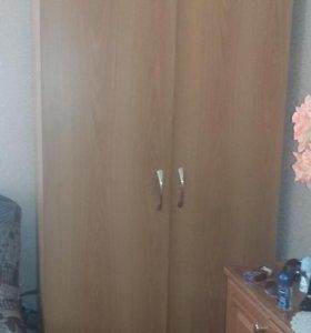 Платяной шкаф и 3 секции