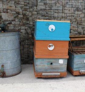 Корпуса для ульёв,,медогонка,электропривод на мед