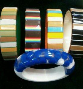 Новые пластиковые браслеты