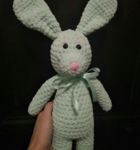 Заяц вязаный крючком. Вязание на заказ.