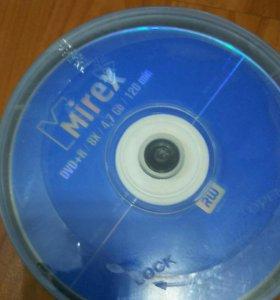 Dvd диски rw 40 шт,cd диски 20-r шт чистые, за все