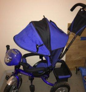 Велосипед, коляска и стул для кормления