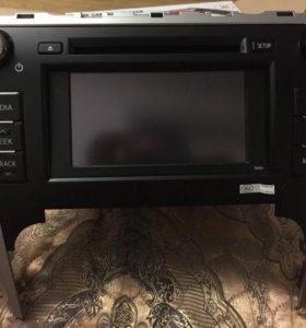 Штатная магнитола на тайота Камри v50 кузов 2013г