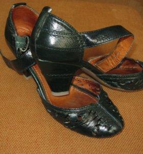 Туфли зеленого цвета