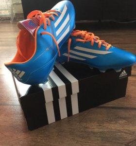 """Футбольные бутсы """"adidas """""""