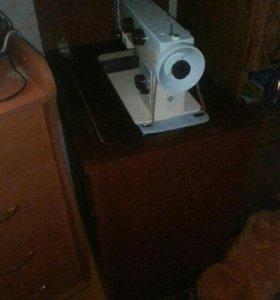 Швейная машинка чайка!