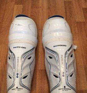 Хоккейные щитки BAUER NEXUS 7000
