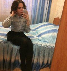 Джинсовая рубашка+чёрная юбка
