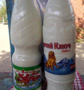 Козье молоко, творог, сыр.