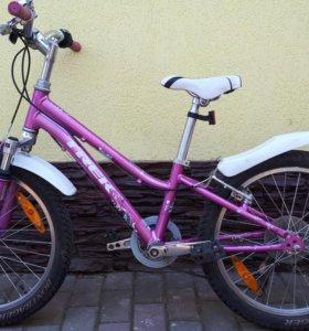 Продаётся велосипед.