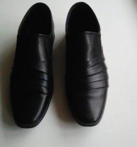 Туфли новые мужские кожаные 38 размер