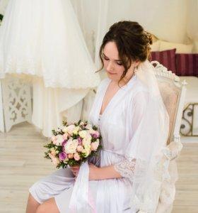 Белый атласный халат и пеньюар на утро невесты