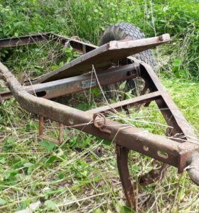 Одноосная рама прицепа на трактор