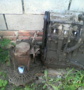Продам двигатель и корбку на ВАЗ 2115