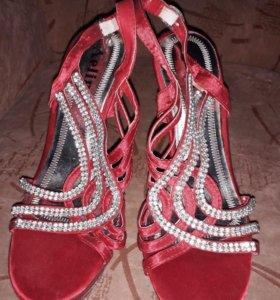 Туфли летнии 37 р