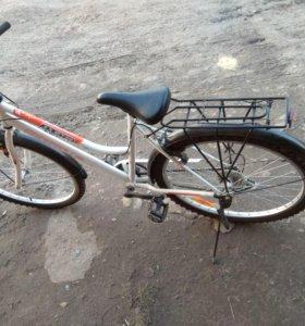 Велосипед женский.