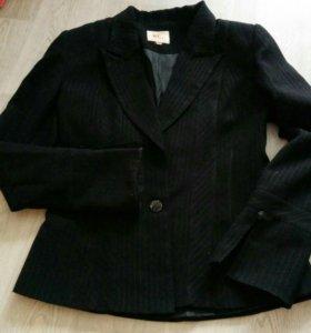 Брючный костюм 46