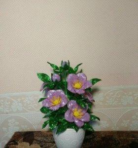 Из бисера цветочек