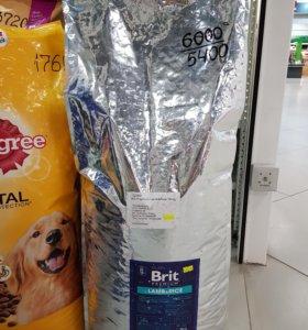 Корм на вес  для собак Брит ягненок 1кг
