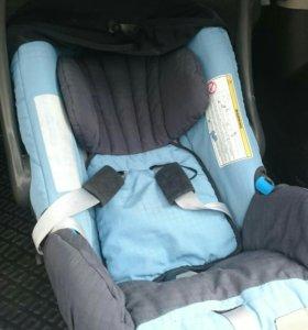Автомобильное кресло детское