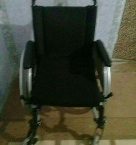 инвалидная коляска (2шт)